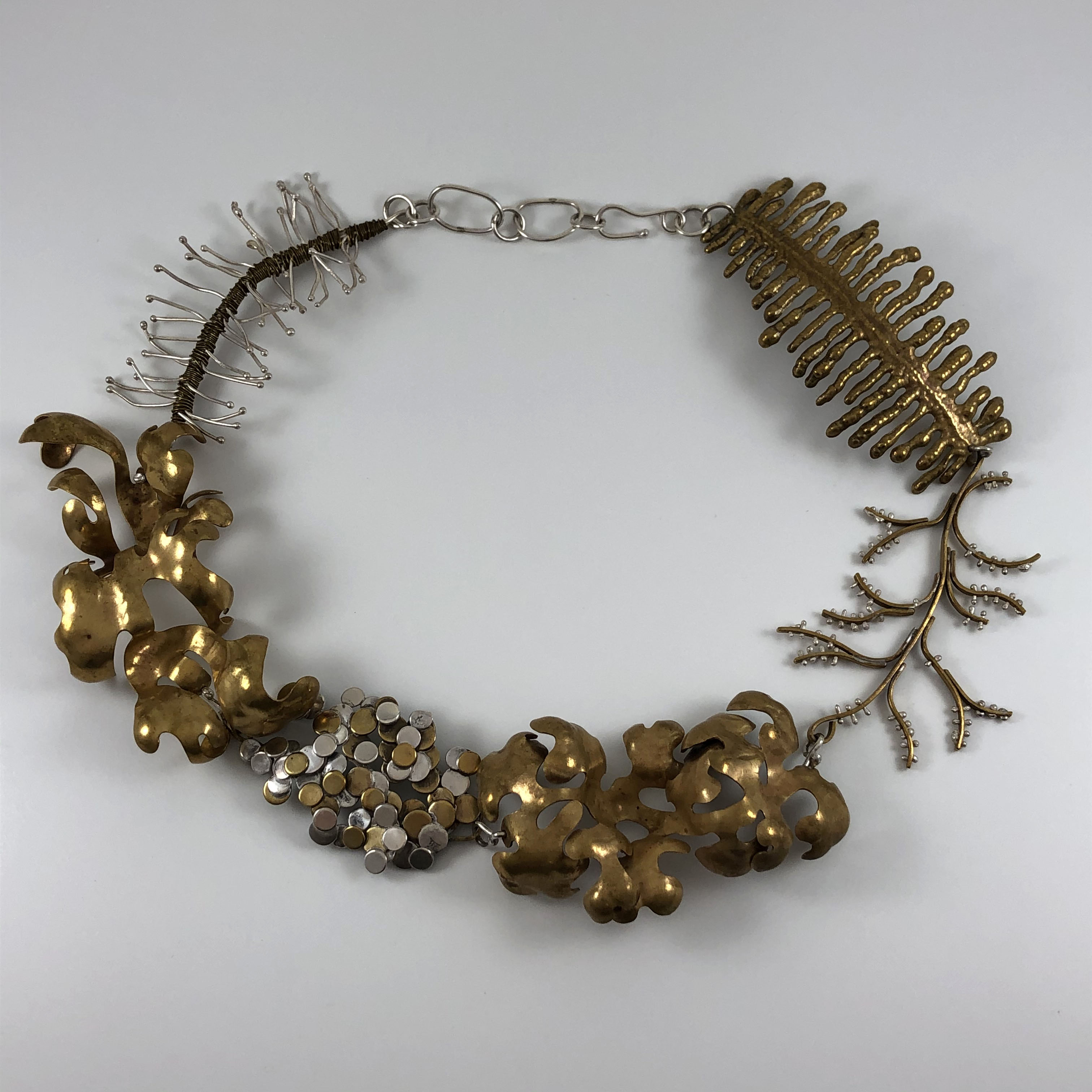 seaweed necklace image